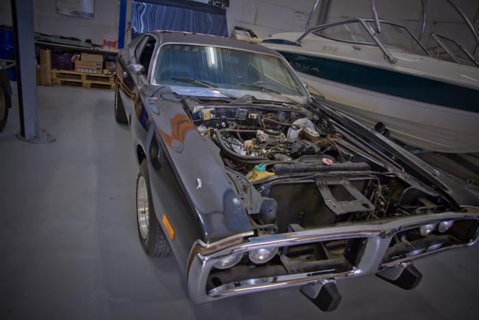 Dodge charger jaartal 1973 amerikaan onderhoud opbouwen revisie classic